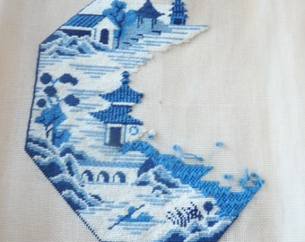 Vintage Needlepoint Blue and White Willow Ware Pattern Large Unfinished