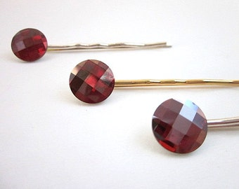 Red Crystal Hair Jewelry -- Round Red Pin -- Red Swarovski Pin -- Red Button Hair Pin -- Sparkling Red Hair Pin -- Red Swarovski Hair Pin