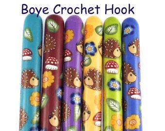 Crochet Hook, Polymer Clay Covered Boye Crochet Hooks, Custom Crochet Needle, Hedgehog , Woodland