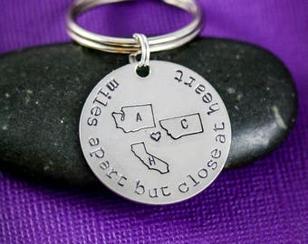SALE • Best Friend Gift • Friendship Keychain•Girlfriend Gift Going Away Gift Moving Friend Graduation Gift Stamped State Gift Long Distance