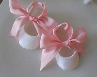 Baby Girl Shoes . Christening Shoes . Infant Ballet Slippers . Pink and White Dupioni Silk Baby Shoes Flats Booties . Handmade Silk Slippers