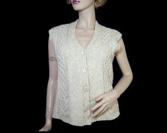 Hand made chunky cable knit wool sweater vest ~ Medium Large ~ button up v neck waistcoat with pockets ~ creamy oatmeal ~ as new