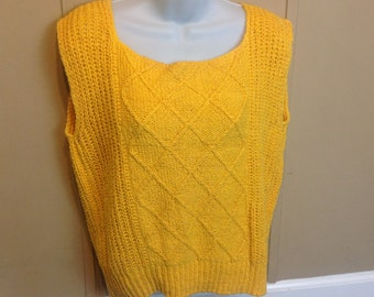 Vintage 80s Yellow Loose Knit Sweater Vest Jeanna Pierre Ladies Small