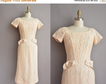20% OFF SHOP SALE... 50s cream lace vintage wiggle dress / vintage 1950s dress