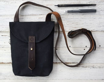 Waxed Canvas Small Hunter Satchel in Coal, Waxed Canvas Crossbody Bag, Waxed Canvas Bag, Purse, Travel Bag, Crossbody Bag, For Her, Tote