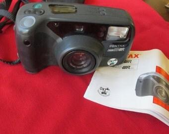 Vintage Pentax Zoom 90 WR Water Resistant Camera