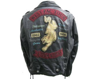Avirex Classics Motorcycle Jacket Vintage Mens Black Leather VFA-116 Attack Squadron Storm Riders Reproduction Biker Jacket Size Large