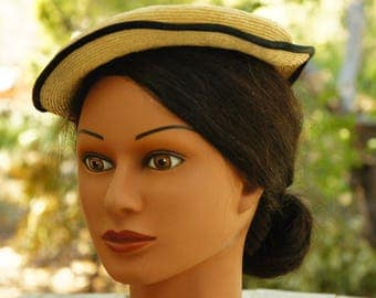 Vintage 40s Straw Pillbox Hat/Facinator/Retro/Mid Century