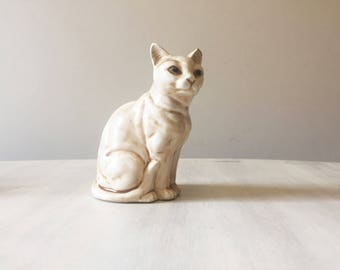 Cat figure, cat figurine, vintage cat, cat lover gift, ceramic cat, cat statue, retro cat, vintage figurine, cat ornament, vintage ornament