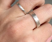 Unisex Minimalist Chic Sterling Silver Simple Hammered Ring Band