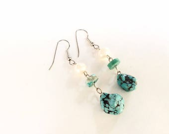 Turquoise nuggets and cultivated pearls Dangles Earrings