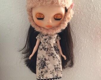 Vintage Floral Dress and helmet for Blythe dolls