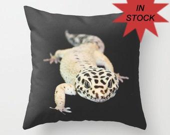 Pillow Case Handmade in Canada, Leopard Gecko Photo Pillow Cover, Man Cave Decor, Throw Cushion Case, Mens Gift, Gecko Art, Animal Pillow