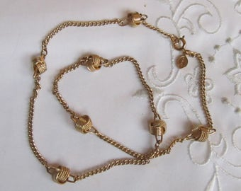 Vintage Avon Gold Tone Choker Style Necklace with Knotted Links