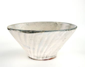 Bowl with Finger Swipes