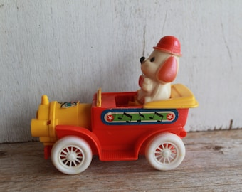 Vintage Wind Up Car with Dog // Antique Toy // Wind Up Toy Car // Made in Hong Kong