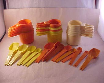 Tupperware Measuring Cups and Spoons Mismatched Sets