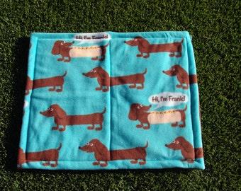 Fleece dog blanket - wiener dog