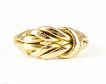 Antique Knot Keeper Ring, 18 Carat Yellow Gold Edwardian Lover's Knot Wedding Ring. Circa 1900, Size P / 7.75.