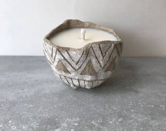 S A N D S T O N E : all natural soy candle