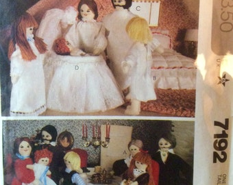 Sewing Pattern Stuffed Dressed Tiny Doll Family and Clothes Father Mother Girl Boy Baby Wardrobe 1980
