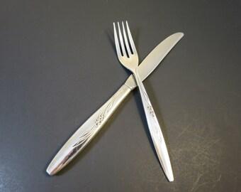 oneida knife fork community silver plate enchantment aka gentle rose pattern mid century traditional