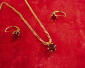 Vintage Sterling Silver Faceted Garnet Pendant Necklace & Matching Pierced Earrings  8858