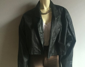 cropped shawl collar black leather motorcycle vintage 80s 1980s dolman sleeve jacket womens rocker punk southwestern medium M S L coat cool