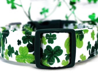 St. Patrick's Day Shamrocks Dog Collar in Emerald Green, Lime Green and White