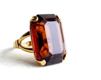 Vintage Gold Amber Topaz Solitaire Ring - Emerald Cut Glass - 10 Carats - AVON - Size 4.75, 5.5, 6.0, 6.25, 7