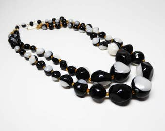 Mod Black and White Beaded Necklace - Molded  Pop Art Double Stranded Bead Choker - Graduated Beaded Design - Vintage Lucite / Plastic 1970s