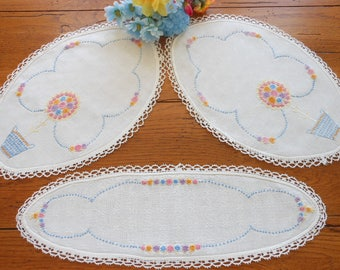 Unused Linen Hand Embroidered Vintage Doilies Dresser Scarves Dresser Doilies Vanity Doilies