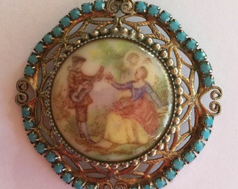 Beautiful vintage gold turquoise cameo pendent