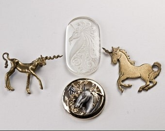 Unicorn Jewelry Sculptural Pin Brass Pendant Frosted Glass Gem Torino Disc