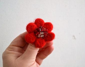 Little Needle Felted Brooch Fire Red Wool Felt Flower,Small Felt Flower Pin,Little Brooch,Felted Flower,Corsage Brooch,Woolen Brooch