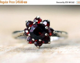SALE10 Vintage Silver Garnet Cluster Ring Sterling Hallmarked English FREE SHIPPING Size O.5 / 7.5