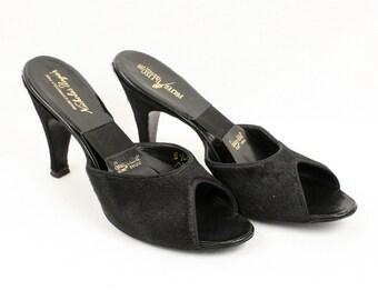 vintage 1950s pinup springlators • black ponyhair high heels