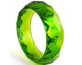 Bright Green Acrylic Lucite Faceted Bangle - Diamond Facets