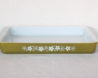 Vintage Pyrex Spring Blossom 13 X 9 Inch 933 Utility Dish Baking and Serving Dish Spring Blossom aka Crazy Daisy Shallow Roaster