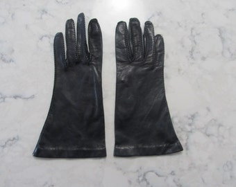 "Vintage 1950's Black Leather 9"" Wrist Length Gloves---Size 7--Auction #1219-0417"