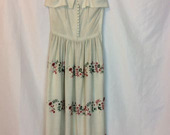 Vintage 1950s Adorable Embroidered Sweet Party Dress Too cute for Words!! Made by Louis Musman size Small