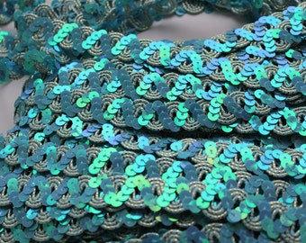 14,2 yards turquoise blue sequined soutage ribbon