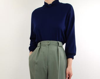 VINTAGE 1980s Bow Sweatshirt Dark Blue Top
