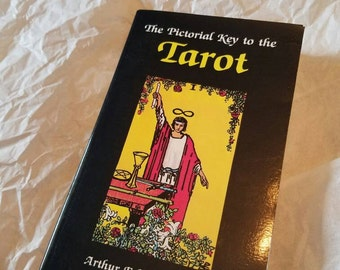 Vintage The Pictorial Key to The Tarot Book Divination Wicca Paganism Witchcraft Fortune Telling 1997