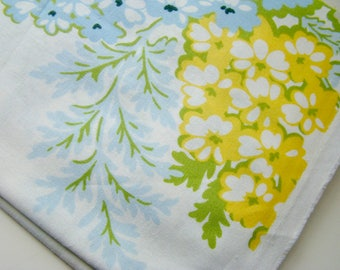 Heather Bailey Nicey Jane Picnic Bouquet Light Blue HB-18 Fabric OOP Half Yard Very Hard to Find Rare