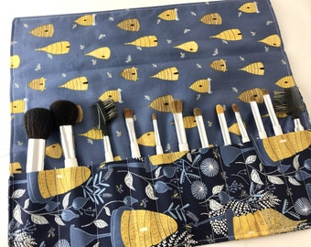 Blue Makeup Brush Roll - Makeup Brush Organizer Make Up Brush Holder - Makeup Brush Case -  Brush Bag Cosmetic Brush - Honey Bee in Navy