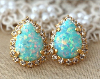 Opal Earrings,Opal stud earrings,Mint earrings,Mint opal earrings,Gift for her,Christmas gift,Swarovski earrings,Crystal Swarovski Studs
