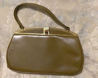 Elegant and Chic 1950's purse. Grace Kelly Chic. Olive