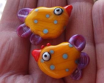 Pair of lampwork glass chicken beads - lampwork beads - glass beads - jewelry supply - ooak - uk handmade - fun