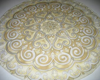 Medallion Table Topper, quilted topper, cream, gray, gold, fabric Robert Kaufman La Scala